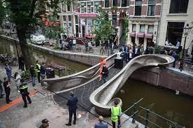 World First 3D Bridge
